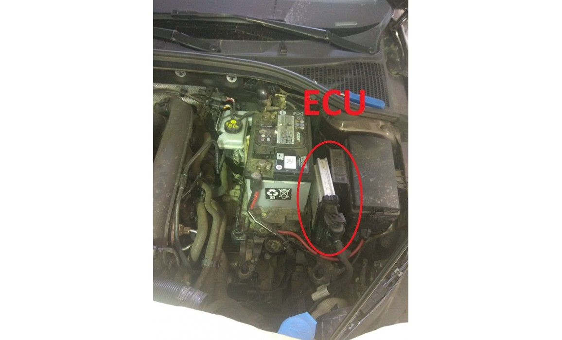 How to connect a scope-Output voltage-Skoda-Octavia 3 (5E) 2012-2020 : Image 1