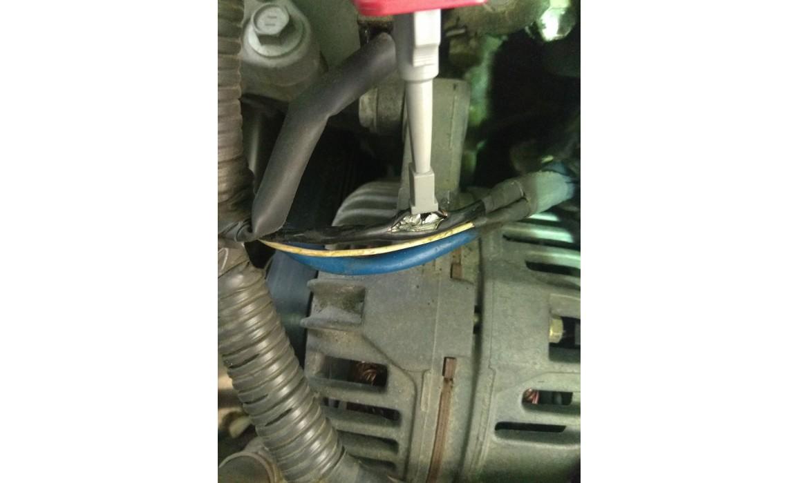 Как подключить осциллограф-Выходное напряжение-Toyota-Corolla 2001-2007 : Image 3