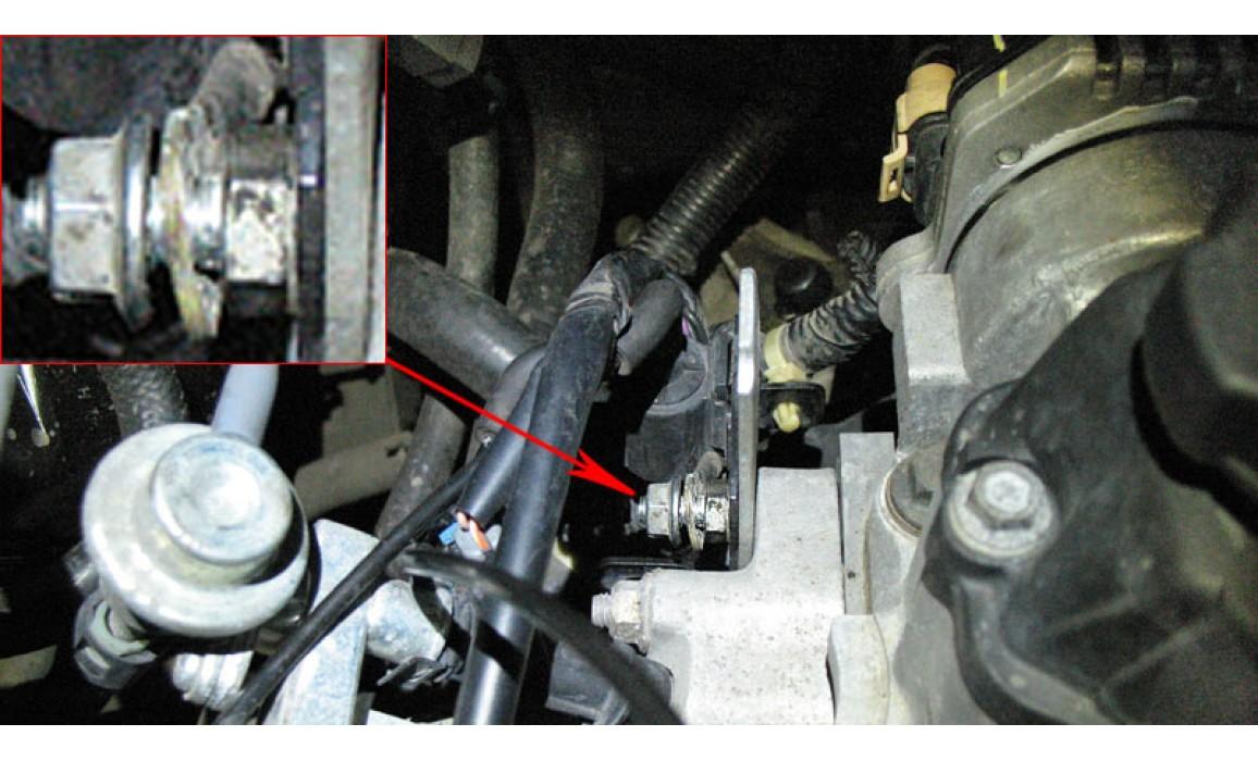 Плохой контакт в подключении питания катушки - Вторичное напряжение (емкостной датчик Cx) - Daewoo - Lanos 1997- : Image 1