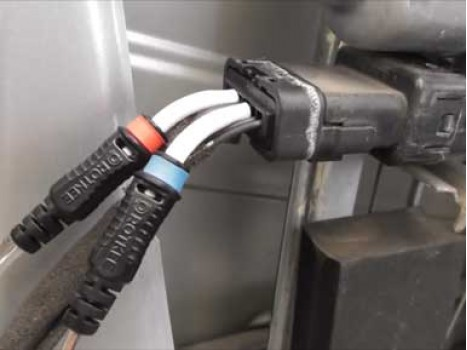 Power windows repair by the example of a 2005 Renault Megane, SP-flexpin test leads application